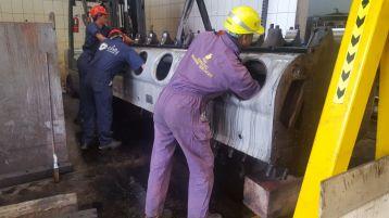 CrankShaft Removal for inspection Polishing and Deflection checking